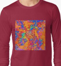 A colorful dramatic Cat is sitting on a colorful quilt Long Sleeve T-Shirt