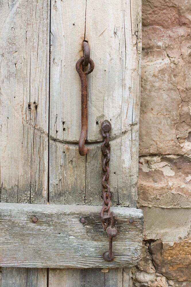 Rusty Door Chain by ONYAMARK
