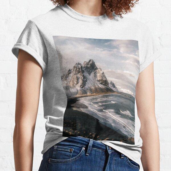 Stokksnes Icelandic Mountain Beach Sunset - Landscape Photography Classic T-Shirt