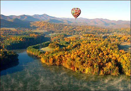 Paragliding in North Carolina, usa by chord0