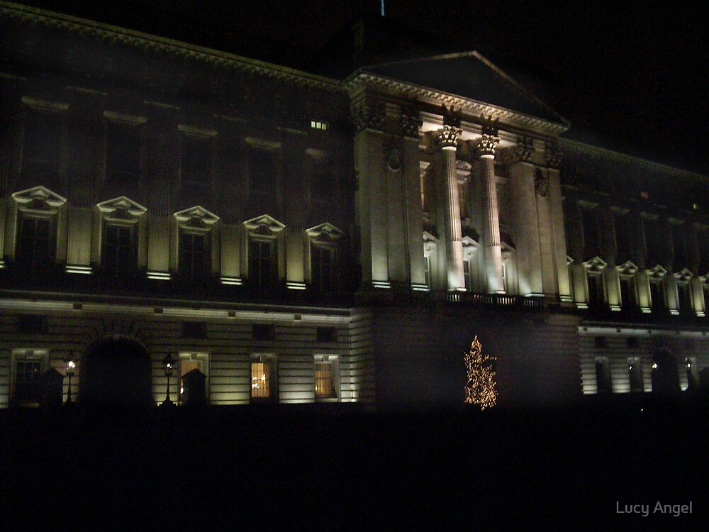 Buckingham Palace by Lucy Angel