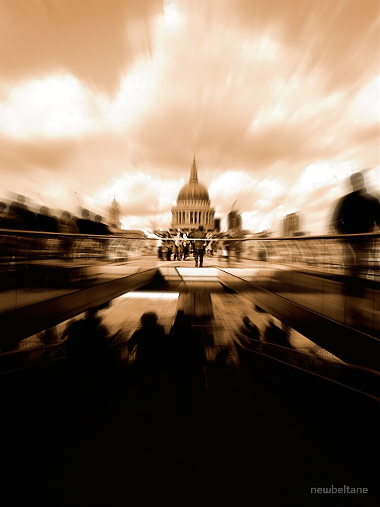 St Paul's Cathedral, across the Millennium Bridge. by newbeltane