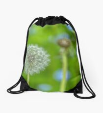 Dandelion in green Drawstring Bag