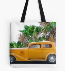 1933 Pontiac Deluxe 8 Touring Sedan 'Profile' II Tote Bag