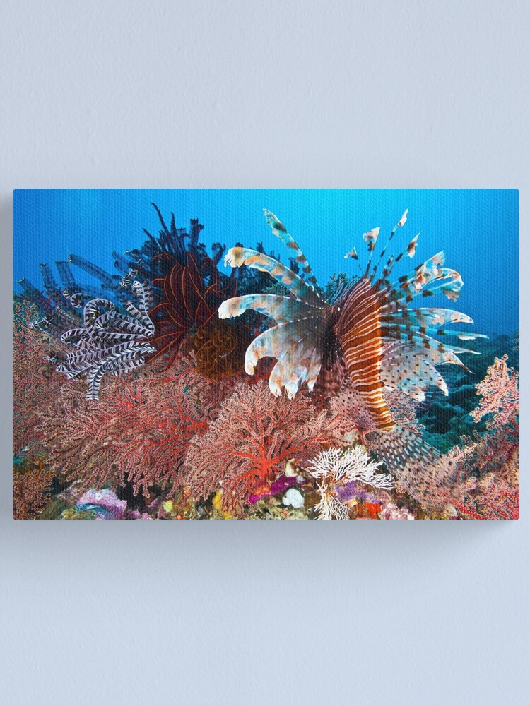 Alternate view of Hunter in the garden Canvas Print