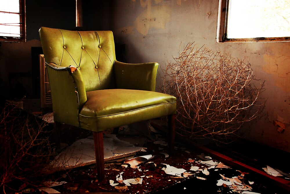 waiting room by Rachel  McKinnie