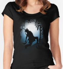 Howling Into The Woods Women's Fitted Scoop T-Shirt