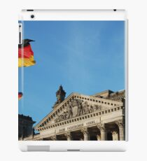 Reichstag: Face the Flag iPad Case/Skin