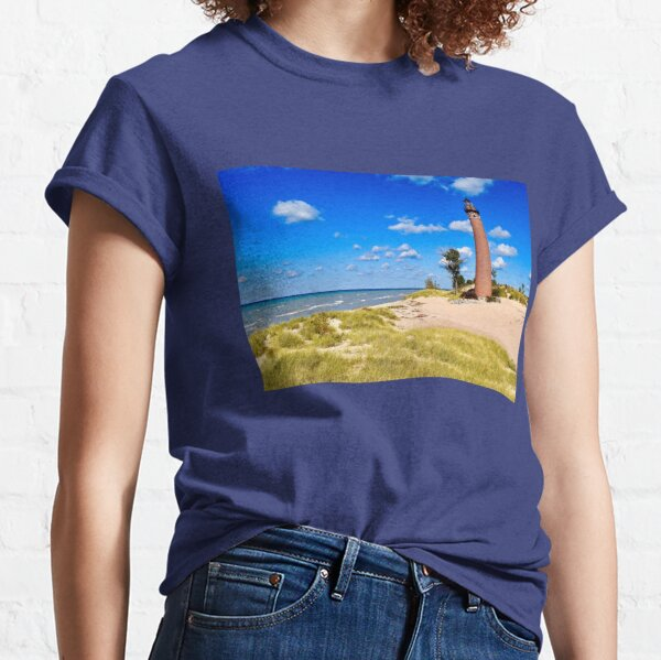 Petite Pointe Au Sable Lighthouse Classic T-Shirt