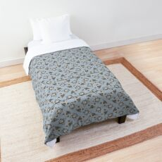 Blue Eyed Siamese Cat Face Graphic Comforter