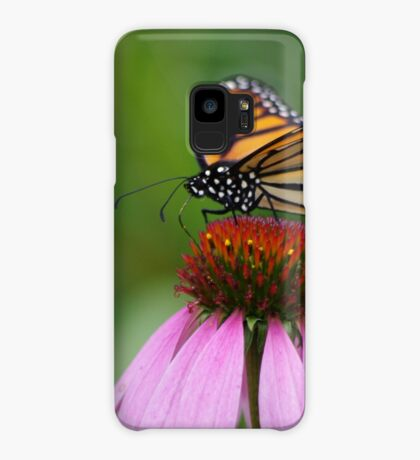 softly landing on an echinacea flower Case/Skin for Samsung Galaxy