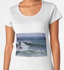 Never too old to surf Women's Premium T-Shirt