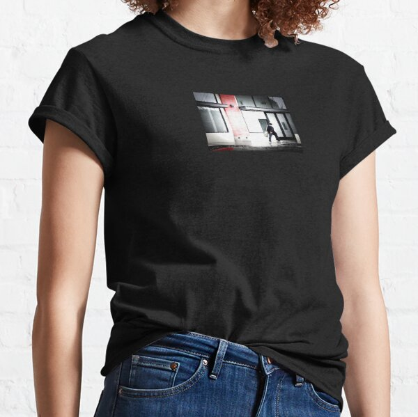 Stroll: Desaturated Classic T-Shirt