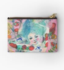 Beauty Is the Passion That She Knows Studio Pouch