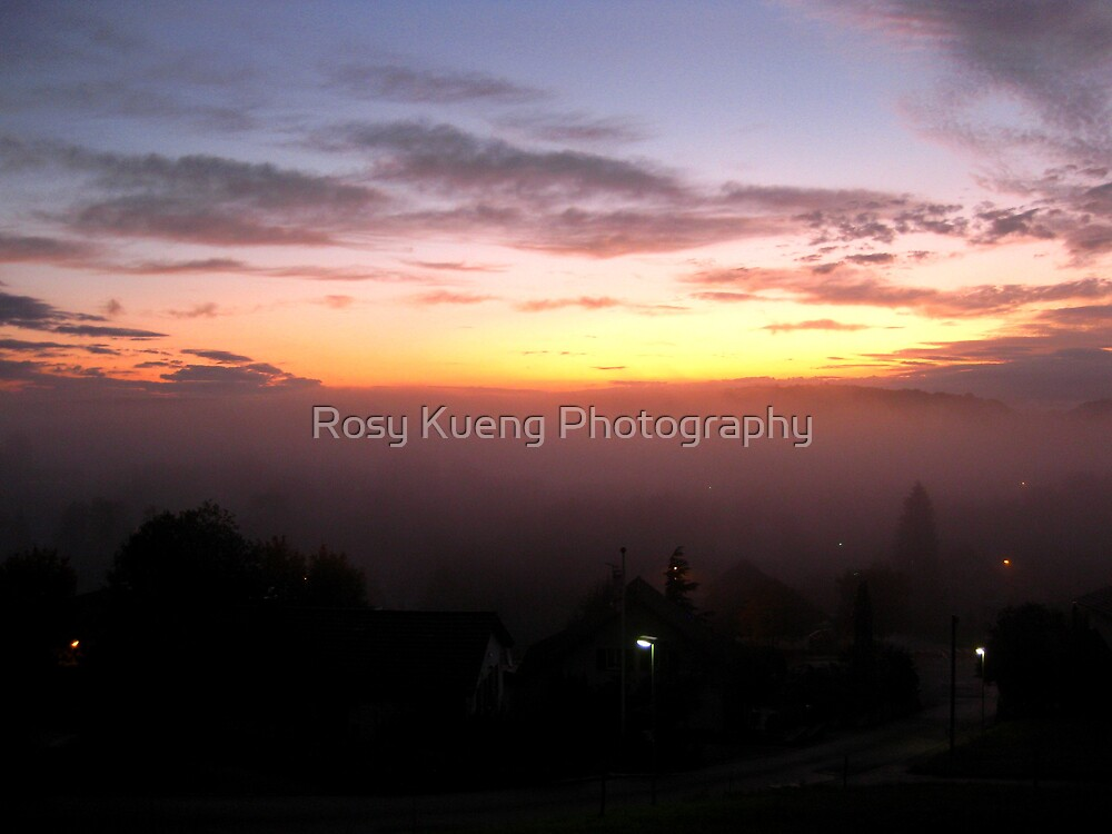 Sunrise through the fog 2 by Rosy Kueng Photography