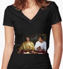 """""""Una historia con Cristo y Jesus' una pelicula de Oldren Romero Women's Fitted V-Neck T-Shirt"""