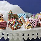 Who Needs a Cake When You Can Get Tiny Houses? by Stephanie KILGAST