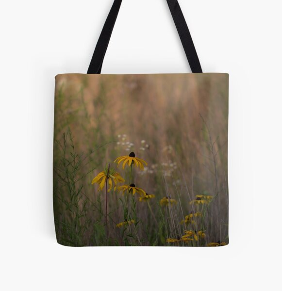 Daisy field All Over Print Tote Bag