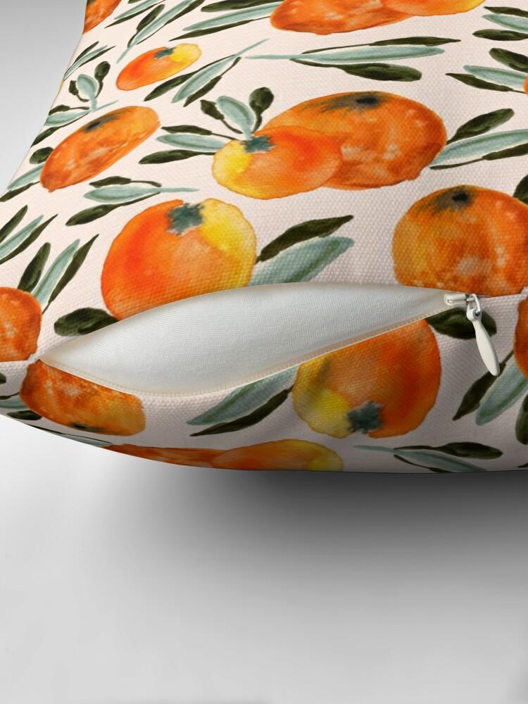 Alternative Ansicht von Sonnige Orange Dekokissen