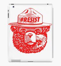 Smokey resist national park t-shirt iPad Case/Skin