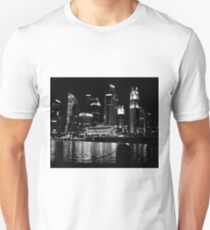 The Fullerton Hotel Singapore by night T-Shirt