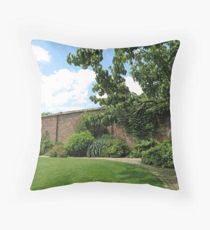 Der ummauerte Garten - Verlorene Gärten von Heligan Kissen