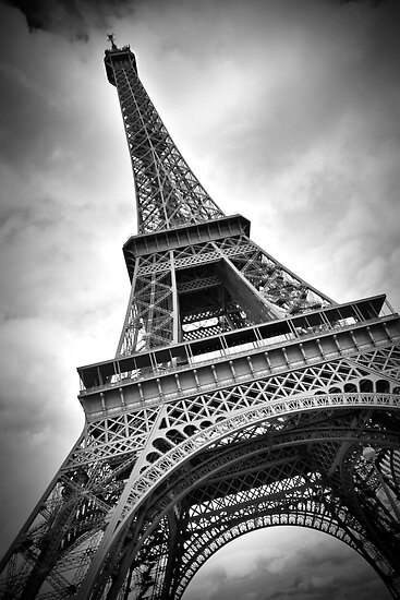Eiffel Tower Black And White Posters