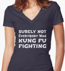 Sicherlich war nicht jeder Kung Fu kämpfend Shirt mit V-Ausschnitt