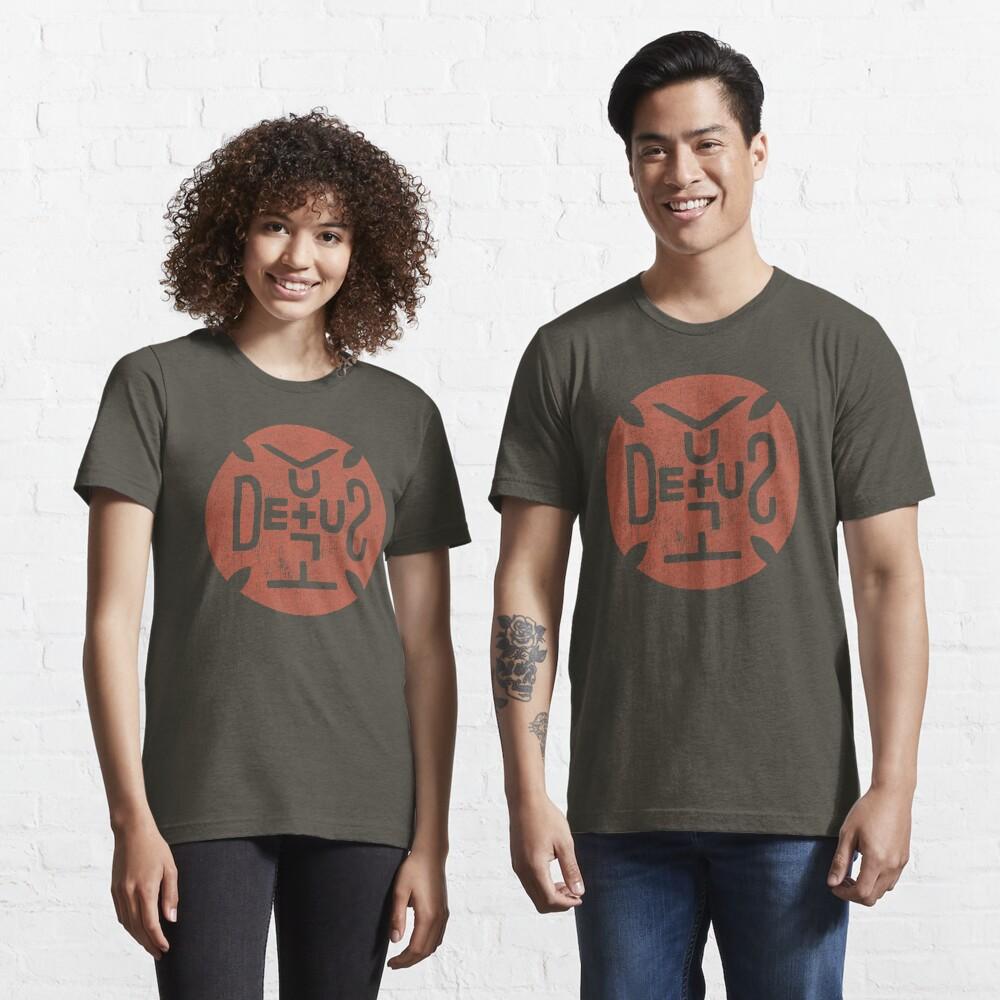 Deus Vult Shield Essential T-Shirt