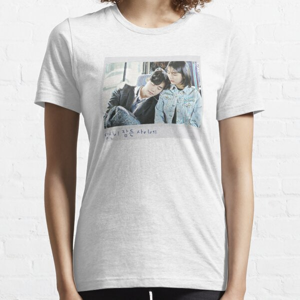 While You Were Sleeping [당신이 잠든 사이에] - Polaroid  Essential T-Shirt