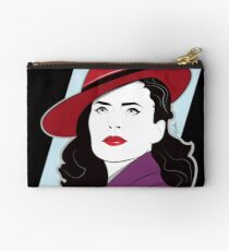 Red Hat Female Studio Pouch