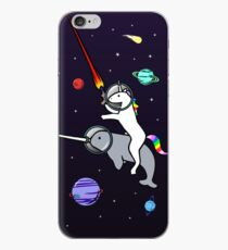 Unicorn Reiten Narwhal im Raum iPhone-Hülle & Cover
