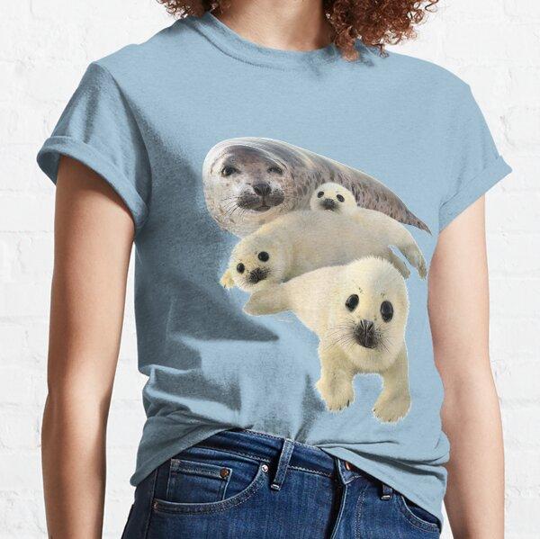 Grey seals arctic Classic T-Shirt
