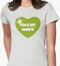 Følg dit hjerte (Green) Women's Fitted T-Shirt