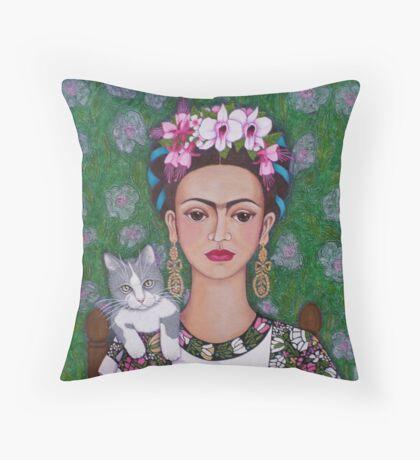 Frida cat lover - closer Throw Pillow