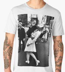 Kissing the war goodbye Men's Premium T-Shirt