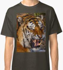 Siberian Tiger roar Classic T-Shirt