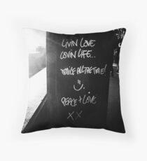 peace & love Throw Pillow