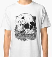 Skull and decay Classic T-Shirt
