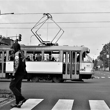 street scene tram and skull lad von Mows