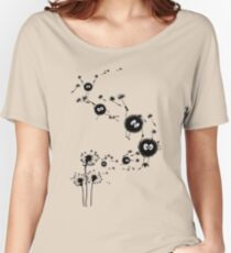 Flying Susuwatari Women's Relaxed Fit T-Shirt