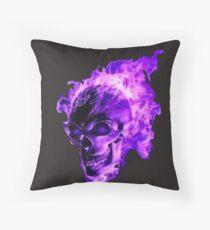 purple flaming skull Throw Pillow