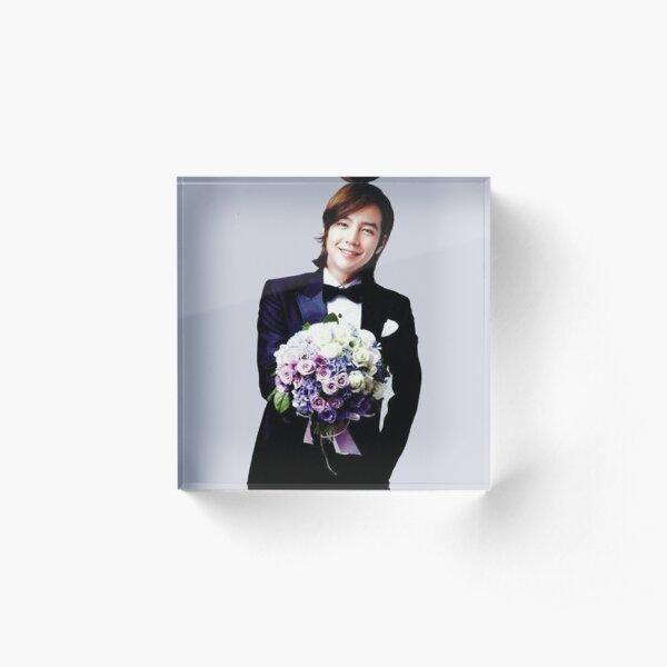 Jang Keun Suk with Flowers Acrylic Block