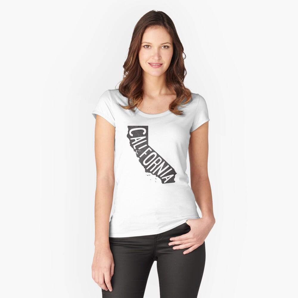 California Camiseta entallada de cuello ancho