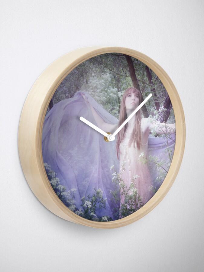Alternate view of Fledgling Clock