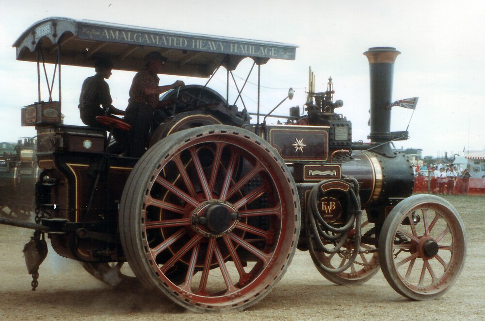 EWB Traction Engine by Twscats