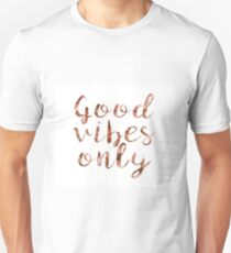 79320a11 Good vibes only rose gold foil Slim Fit T-Shirt