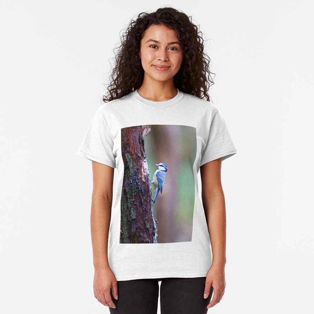 Blue Tit (Cyanistes caeruleus) Classic T-Shirt