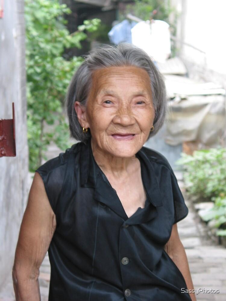 Hutong Grandma by SassyPhotos