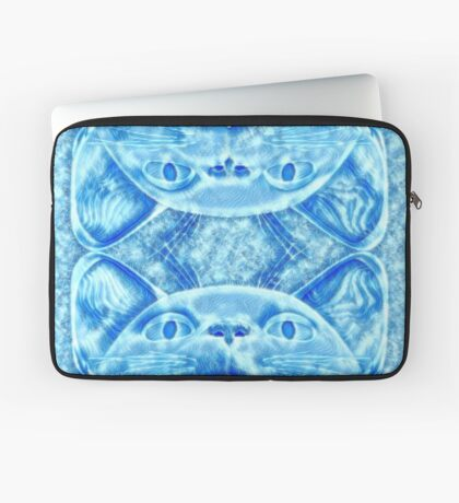 Winter is coming... Laptop Sleeve